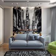 Черно-белый интерьер с цветовым акцентом