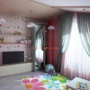 Ковер с цветами для детской