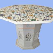 Стол из индийского мрамора