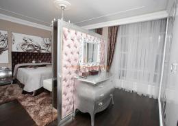 Спальня с элементами art deco